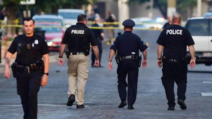 نتيجة بحث الصور عن مقتل شرطي وإصابات في إطلاق نار بولاية نيوجيرسي الأمريكية